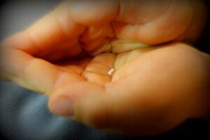 globulky v dlani